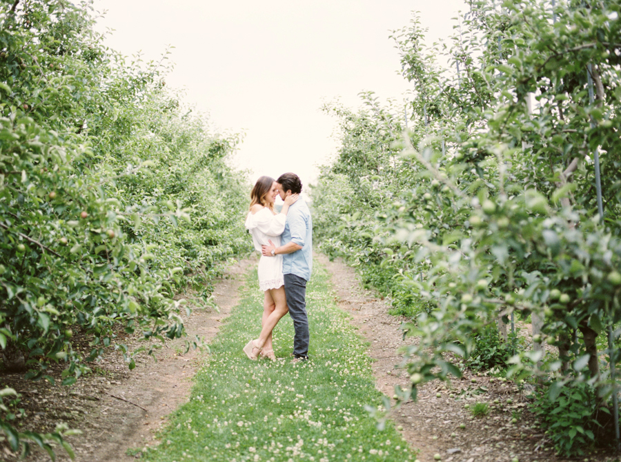 Sweet Berry Farm Newport Engagement by Rebecca Arthurs www.rebeccaarthursblog.com