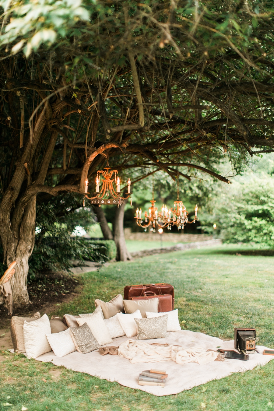 Lord Thompson Manor Connecticut Oh So Glam blog Wedding Rebecca Arthurs-0137.jpg