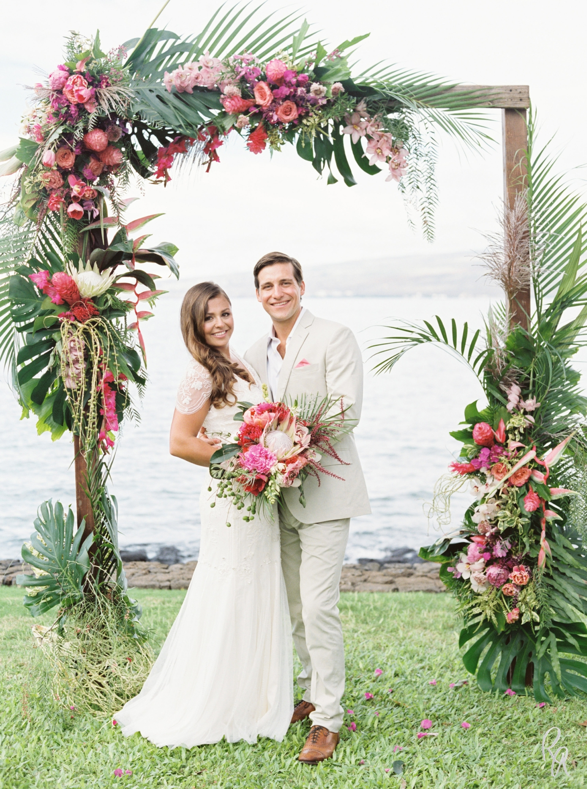 Martha stewart weddings big island hawaii wedding the sullivan martha stewart weddings big island hawaii wedding the sullivan estate kai kristina rebecca arthurs junglespirit Choice Image